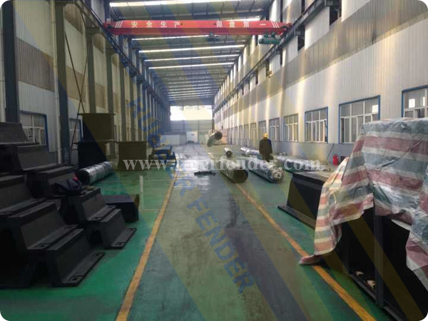 Tug Cylindrical Fenders, Russia Project, Well Packaged in JIER Rubber Fender Factory, Ready to deliver