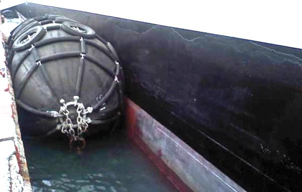 How Ship Berthing Is Done Using Marine Fenders Jier